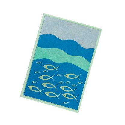 """Grußkarte """"Fische auf Wellen (grün)"""" mit Kuvert"""