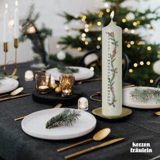 "Adventskerze Kalenderkerze ""Holly Christmas"" 25x5 cm - kerzenfräulein"