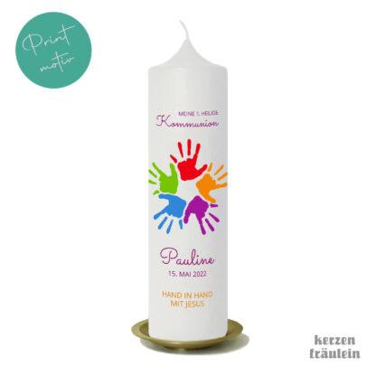 """Kommunionkerze Printmotiv """"Hand in Hand mit Jesus"""" auf Kerzengröße 25x7 cm - kerzenfräulein"""
